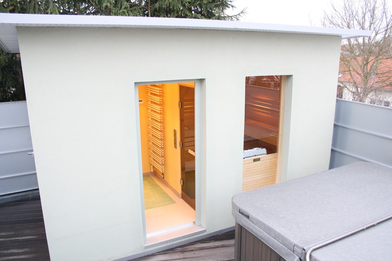 Saunahaus auf einer Dachterrasse